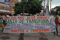"""CAMPINAS, SP 29.01.2019-ATO-O Dia Nacional da Visibilidade Trans ocorre nesta terça-feira (29) e houve um ato nesta noite na cidade de Campinas, interior de São Paulo, saindo da estação Cultura e percorrendo as ruas do centro da cidade. A data foi escolhida porque 27 travestis, mulheres e homens trans entraram no dia 29 de janeiro de 2004 no Congresso Nacional em Brasília para lançar a campanha """"Travesti e Respeito: já está na hora dos dois serem vistos juntos. Em casa. Na boate. Na escola. No trabalho. Na vida."""", que foi elaborado por elas e eles. Foi uma ação histórica e importante dentro do espaço de poder na luta em prol da população trans e travesti. (Foto: Denny cesare/Codigo19)"""