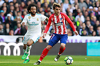 Real Madrid's Marcelo Vieira (l) and Atletico de Madrid's Antoine Griezmann during La Liga match. April 8,2018. (ALTERPHOTOS/Acero) /NortePhoto NORTEPHOTOMEXICO