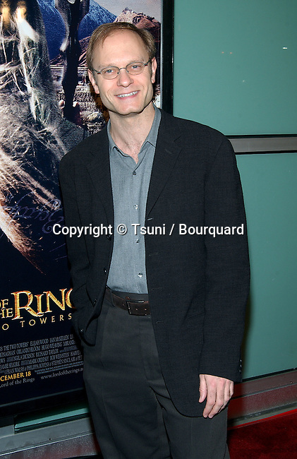 "David Hyde Pierce arriving at The premiere of ""The Lord Of The Rings: The Two Towers"" at the Cineramadome Theatre in Los Angeles. December 15, 2002.           -            PierceDavidHyde27.jpg"