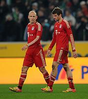FUSSBALL   1. BUNDESLIGA   SAISON 2011/2012   18. SPIELTAG Borussia Moenchengladbach - FC Bayern Muenchen    20.01.2012 Arien Robben (li) und Thomas Mueller (re, beide Bayern) sind enttaeuscht xxNOxMODELxRELEASExx
