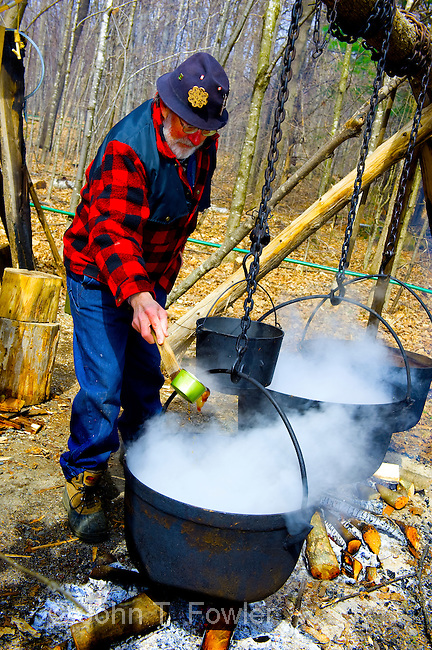 Traditional method of Maple Syrup making, early 19th century,  food, agriculture, agricultural crop, Fortune Farms, Lanark County, Ontario, Canada