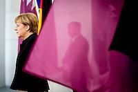 Bundeskanzlerin Angela Merkel (CDU) wartet am Mittwoch (17.09.14) in Berlin auf den Emir des Staates Katar, Scheich Tamim bin Hamad bin Khalifa al Thani.<br /> Foto: Axel Schmidt/CommonLens