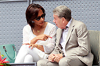 Spanish tennis legend Manolo Santana and his wife Claudia Rodriguez during Madrid Open Tennis 2018 match. May 11, 2018.(ALTERPHOTOS/Acero) /NORTEPHOTOMEXICO