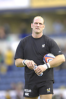 EDF Energy Cup, Pre game warm up,  Wasps, Lawrence DALLAGLIO, London Wasps vs London Irish, Adams Park, 08/10/2006. [Photo, Peter Spurrier/Intersport-images]....