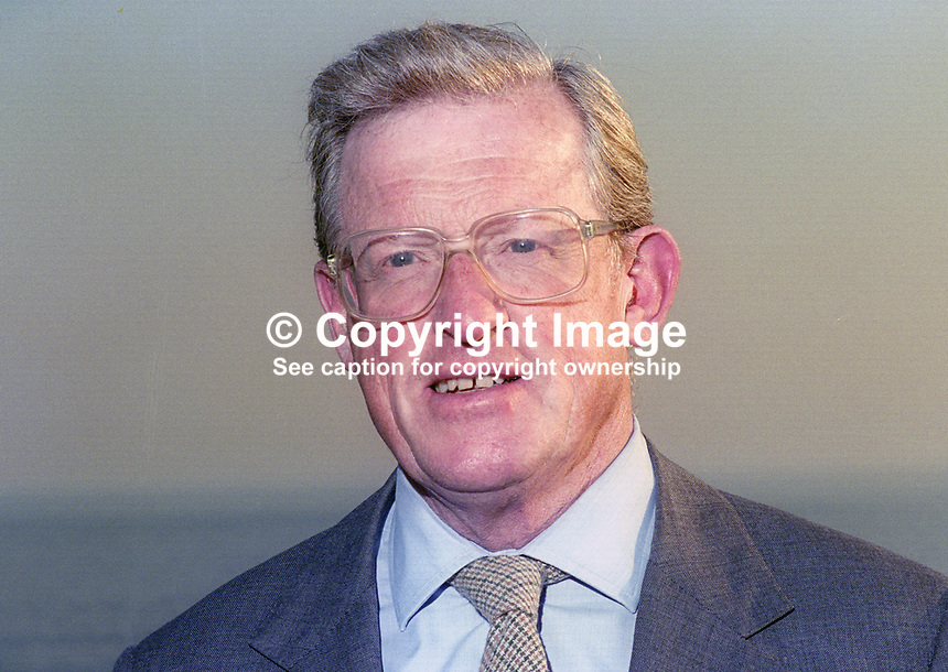 Tom King, MP, Conservative Party, UK, chairperson, Intelligence and Security Committee, October, 1994, 199410038<br />