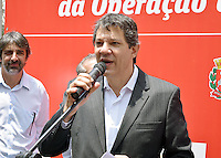 SÃO PAULO,SP 14.10.15 - HADDAD-SP - Fernando Haddad, prefeito de São Paulo durante entrega de 74 unidades habitacionais da operação urbana Água Espraiada, na Rua: Ciridião Durval, nesta quarta-feira,14. (Foto: Eduardo Carmim / Brazil Photo Press)
