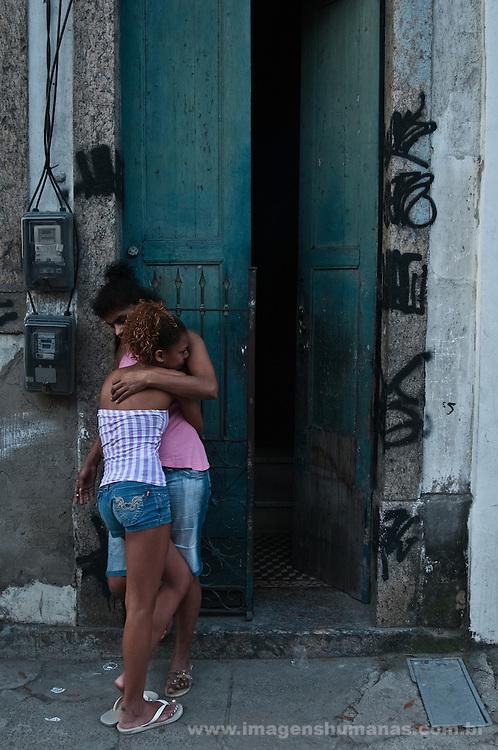 Ana Paula e filha. Ocupação Mama África, Niterói, Rio de Janeiro.
