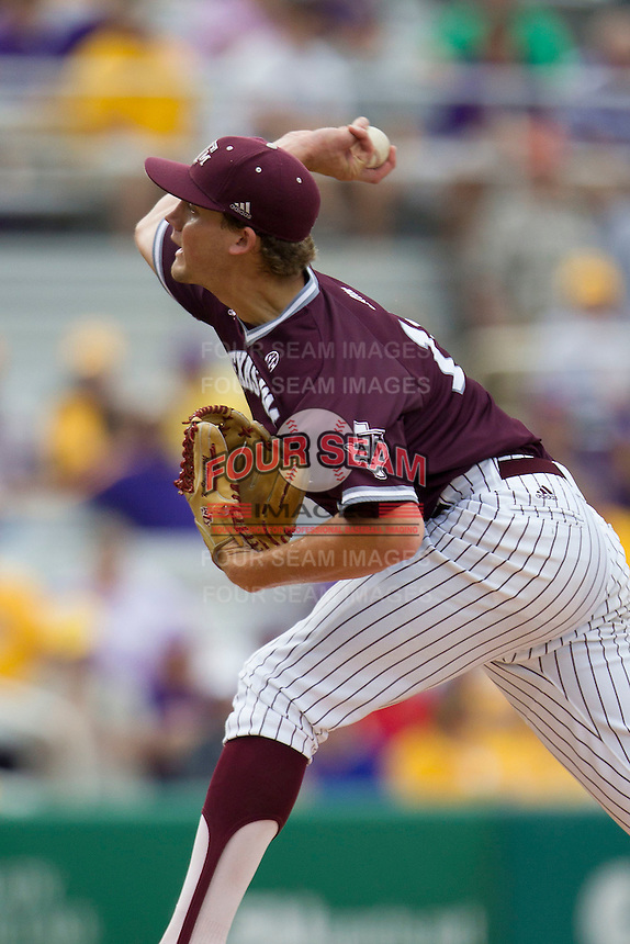 Texas A&M Aggies pitcher Kyle Simonds (14) delivers a pitch to the plate during the Southeastern Conference baseball game against the LSU Tigers on April 25, 2015 at Alex Box Stadium in Baton Rouge, Louisiana. Texas A&M defeated LSU 6-2. (Andrew Woolley/Four Seam Images)