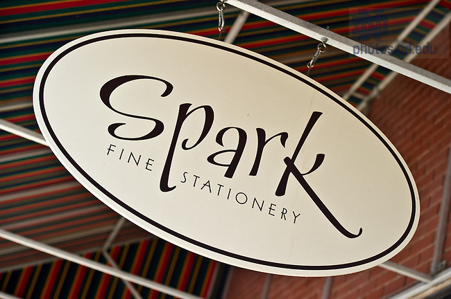 Spark Stationery for MCOB Business Magazine..Photo by Matt Cashore/University of Notre Dame