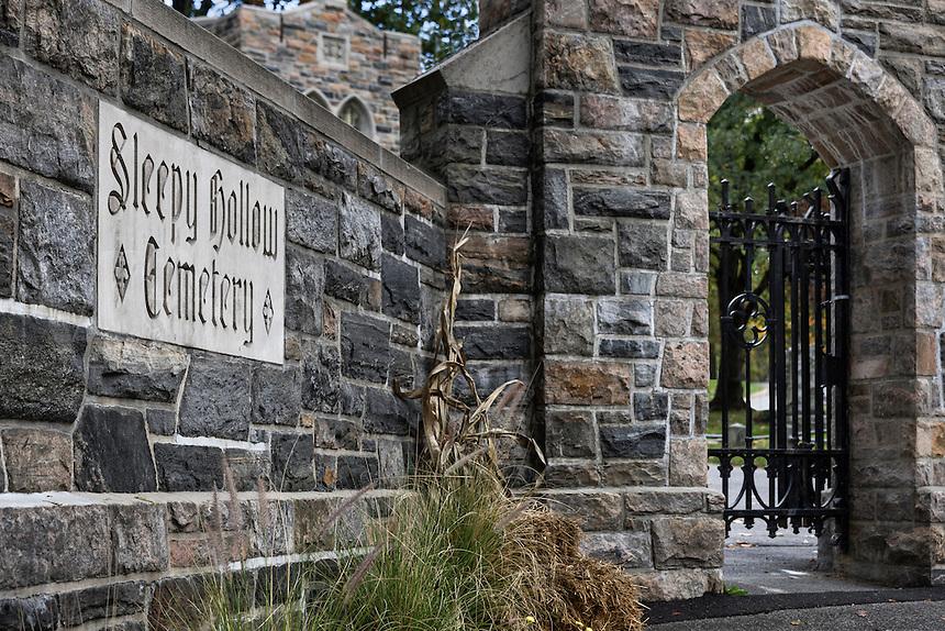 Gate to Sleepy Hollow Cemetery, Sleepy Hollow, New York, USA