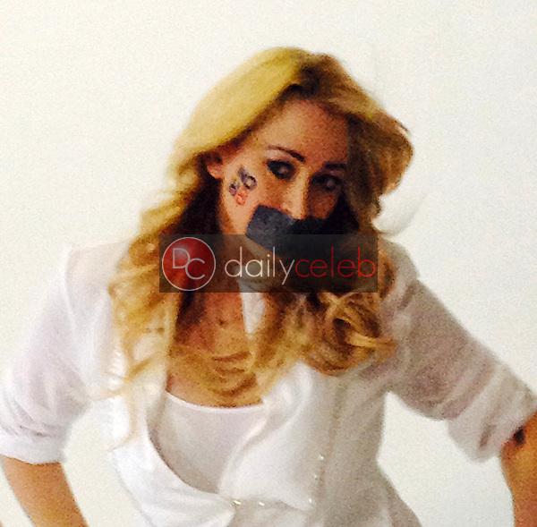 Jennifer Blanc-Biehn<br /> behind the scenes of an Adam Bouska NOH8 Photo Shoot, Private Location, Los Angeles, CA 10-01-13<br /> Courtesy of Jennifer Blanc-Biehn/DailyCeleb.com 818-249-4998