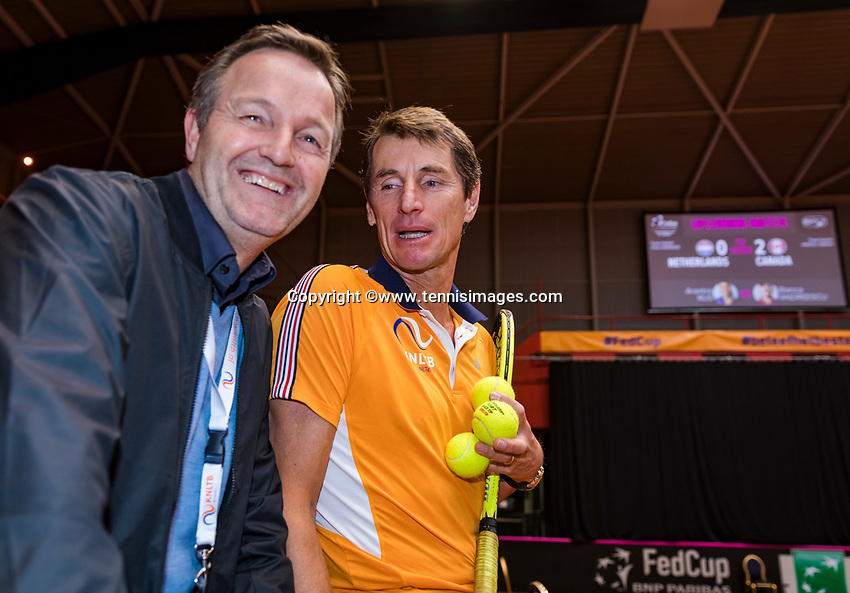 Den Bosch, The Netherlands, Februari 10, 2019,  Maaspoort , FedCup  Netherlands - Canada, Tjerk Bogtstra and captain Paul Haarhuis (NED) (R)<br /> Photo: Tennisimages/Henk Koster