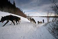 Kjetil Backen on Unalakleet River Near Unalakleet<br /> 2004 Iditarod