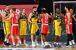 Spieler beider Teams begruessen sich.<br /> <br /> Basketball 1.Bundesliga,BBL, nph0001-Finalturnier 2020.<br /> Viertelfinale am 18.06.2020.<br /> BROSE BAMBERG-EWE BASKETS OLDENBURG,<br /> Audi Dome<br /> <br /> Foto:Frank Hoermann / SVEN SIMON / /Pool/nordphoto<br /> <br /> National and international News-Agencies OUT - Editorial Use ONLY