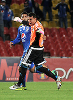 BOGOTA- COLOMBIA -19 -02-2014: Luis Delgado portero de Millonarios celebra el gol anotado a Once Caldas durante partido de la sexta fecha de la Liga Postobon I 2014, jugado en el Nemesio Camacho El Campin de la ciudad de Bogota. / Luis Delgado, goalkeeper of Millonarios celebrates a goal scored to Once Caldas during a match for the sixth date of the Liga Postobon I 2014 at the Nemesio Camacho El Campin Stadium in Bogota city. Photo: VizzorImage  / Luis Ramirez / Staff