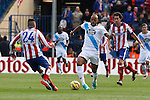 Atletico de Madrid´s Gimenez (L) and Deportivo de la Coruña´s Sidnei during 2014-15 La Liga match between Atletico de Madrid and Deportivo de la Coruña at Vicente Calderon stadium in Madrid, Spain. November 30, 2014. (ALTERPHOTOS/Victor Blanco)