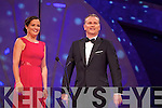 Philadelphia Rose Elizabeth Spellman chats to presenter Dáithí Ó Sé during the Monday night Rose Selection in the Dome.