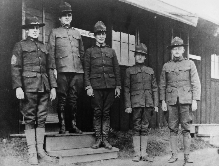 Barratt O'Hara and other army officers during his army days. Circa 1910 (Photo by CQ Roll Call)