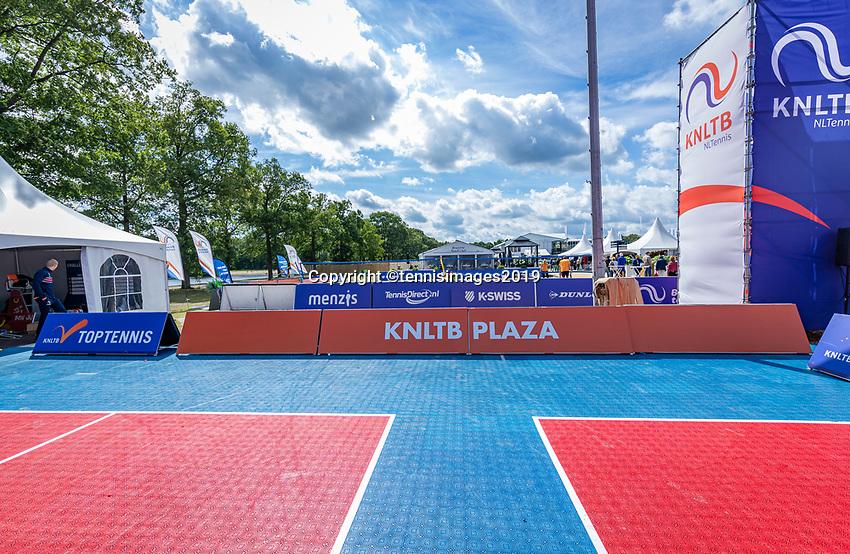 Rosmalen, Netherlands, 13 June, 2019, Tennis, Libema Open, KNLTB Plaza<br /> Photo: Henk Koster/tennisimages.com
