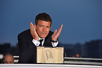 CANNES, FRANCE. May 25, 2019: Antonio Banderas at the Palme d'Or Awards photocall at the 72nd Festival de Cannes.<br /> Picture: Paul Smith / Featureflash