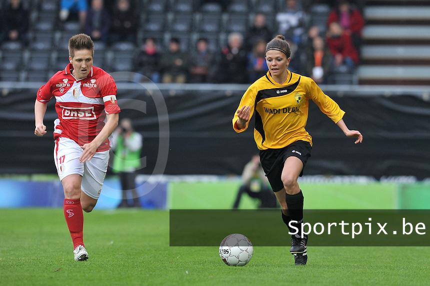 Bekerfinale 2012 : WD Lierse SK - Standard Femina :.Lien Haverals voor Maud Coutereels.foto David Catry / Joke Vuylsteke / Vrouwenteam.be
