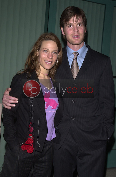 Lili Taylor and Peter Krause