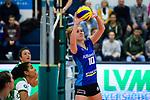 02.12.2018, Halle Berg Fidel, Muenster<br />Volleyball, Bundesliga Frauen, Normalrunde, USC MŸnster / Muenster vs. Allianz MTV Stuttgart<br /><br />Zuspiel Pia KŠstner / Kaestner (#10 Stuttgart)<br /><br />  Foto &copy; nordphoto / Kurth