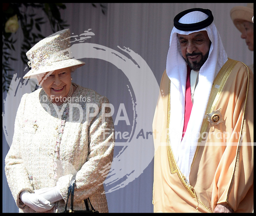 HM The Queen And the Duke of Edinburgh welcomes the The President of the United Arab Emirates, His Highness Sheikh Khalifa bin Zayed Al Nahyan, In Windsor, UK, Tuesday April 30, 2013. Photo by: Andrew Parsons / i-Images / DyD Fotografos