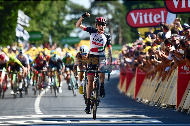 Dan Martin (IRL) UAE Team Emirates wins Stage 6 of the 2018 Tour de France running 181km from Brest to Mur-de-Bretagne Guerledan, France. 12th July 2018. <br /> Picture: ASO/Alex Broadway | Cyclefile<br /> All photos usage must carry mandatory copyright credit (© Cyclefile | ASO/Alex Broadway)