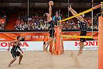 02.07.2015, Den Haag, Hofvijver Stadion<br /> World Championships / Weltmeisterschaft 2015, 2. K.O. Runde<br /> <br /> Angriff Kay Matysik (#2 GER) - Block Tri Bourne (#2 USA)<br /> <br />   Foto © nordphoto / Kurth