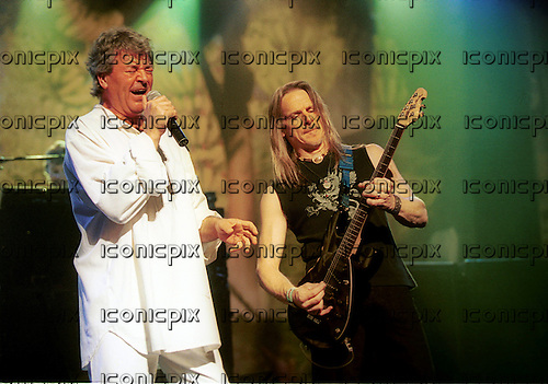 DEEP PURPLE - L to R Ian Gillan, Steve Morse - performing live at the Orphuem Theatre in Vancouver, Canada - 8 February 2004.  Photo credit: Ashley Maile/IconicPix © Ashley Maile **NO WEBSITES**