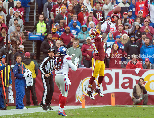Washington Redskins cornerback Will Blackmon (41) intercepts a first quarter pass against the New York Giants at FedEx Field in Landover, Maryland on Sunday, November 29, 2015. New York Giants wide receiver Dwayne Harris (17) was the intended receiver.  The Redskins won the game 20-14.<br /> Credit: Ron Sachs / CNP<br /> (RESTRICTION: NO New York or New Jersey Newspapers or newspapers within a 75 mile radius of New York City)