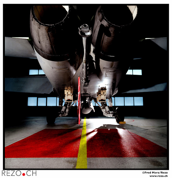 FM03730 / Illustration avion F/A 18..Aeroport de Sion, Fevrier 2006.©Fred Merz/Rezo