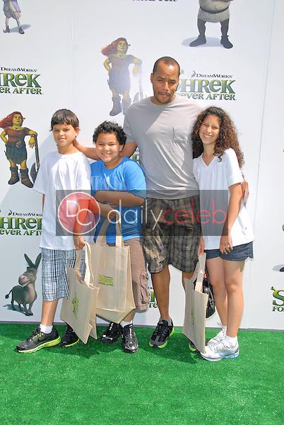 """Donald Faison and children<br /> at the """"Shrek Forever After"""" Los Angeles Premiere, Gibson Amphitheater, Universal City, CA. 05-16-10<br /> David Edwards/DailyCeleb.com 818-249-4998"""