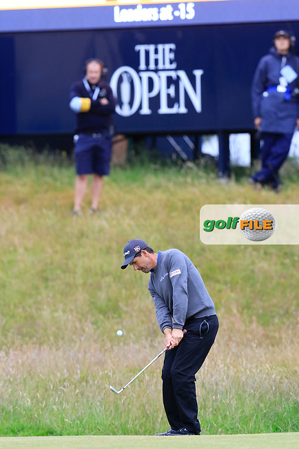 Padraig HARRINGTON (IRL) chips onto the 17th green during Monday's Final Round of the 144th Open Championship, St Andrews Old Course, St Andrews, Fife, Scotland. 20/07/2015.<br /> Picture Eoin Clarke, www.golffile.ie
