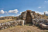 Ruins of a chamber, Hattusa (also Ḫattuša or Hattusas) late Anatolian Bronze Age capital of the Hittite Empire. Hittite archaeological site and ruins, Boğazkale, Turkey.