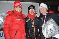SCHAATSEN: Natuurijs: Kortebaan, Alteveer, 03-02-2012, NK dames, podium, Annette Gerritsen, winares Laurine van Riessen, Leslie Koen, ©foto Martin de Jong