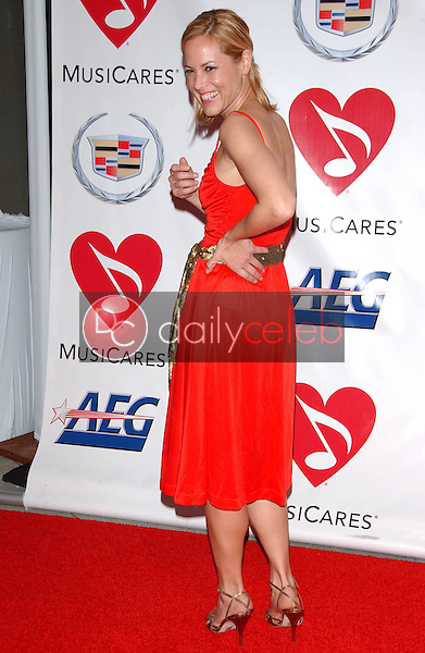 Maria Bello<br />at the 2006 MusiCares Person of the Year Gala. Los Angeles Convention Center, Los Angeles, CA 02-06-06<br />Dave Edwards/DailyCeleb.com 818-249-4998