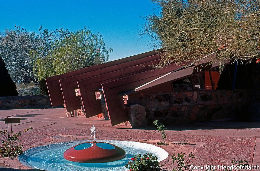 F.L. Wright: Taliesin West.  Photo '77.