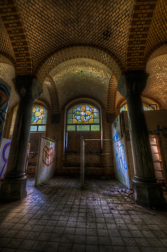 This is oone of my many visits to Beelitz, love the feel of this place.