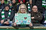 11.02.2018, Weserstadion, Bremen, GER, 1.FBL, SV Werder Bremen vs VfL Wolfsburg<br /> <br /> im Bild<br /> junger weiblicher Werder Fan mit Plakat auf Trib&uuml;ne,  <br /> <br /> Foto &copy; nordphoto / Ewert