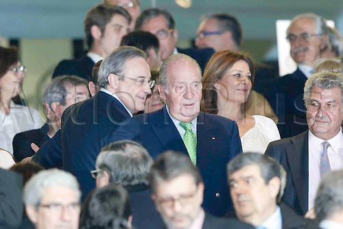 03.11.2015. Madrid, Spain.  Florentino Perez (Mr) and Juan Carlos I King of Spain during the soccer match UCL Champions League between Real Madrid and PSG at the Santiago Bernabeu stadium in Madrid, Spain, November 3, 2015.