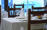 restaurant table le cabaret du vivarais tain l hermitage rhone france