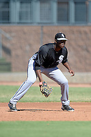 Chicago White Sox first baseman Keon Barnum (40) during an Instructional League game against the San Diego Padres on October 3, 2014 at Peoria Stadium Training Complex in Peoria, Arizona.  (Mike Janes/Four Seam Images)