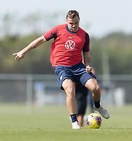 Jordan Morris of the United States shoots the ball
