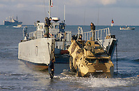 - European military exercises in center Italy, landing of French Navy infantry ....- Esercitazioni militari europee in Italia centrale, sbarco fanteria di Marina francese