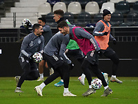 Mannschaft hat Spaß beim Abschlusstraining - 18.11.2019: Deutschland Abschlusstraining, Commerzbank Arena Frankfurt, EM-Qualifikation DISCLAIMER: DFB regulations prohibit any use of photographs as image sequences and/or quasi-video.