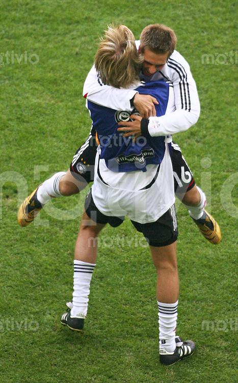 FussballInternational WM 2006 Fussball WM Eroeffnungsspiel Deutschland gegen Costa Rica Jubel von Philipp Lahm (GER)
