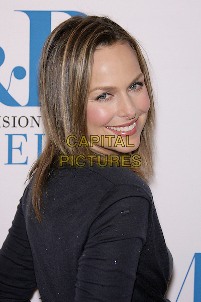 "MELORA HARDIN.The 24th Annual William S. Paley Television Festival - An Evening with ""The Office"" held at the Directors Guild of America, Los Angeles, California, USA..March 2nd, 2007.headshot portrait looking over shoulder .CAP/ADM/ZL.©Zach Lipp/AdMedia/Capital Pictures"