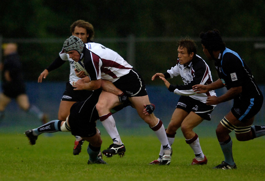 Photo: Jed Wee..Glasgow v Newcastle Falcons. Pre Season Friendly. 18/08/2006...Newcastle's Ben Woods attacks.
